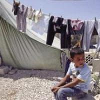 Libano, il lento ritorno a casa dei siriani, ma per i profughi che restano è ancora dura