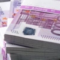Ginevra, giallo in una filiale Ubs: gabinetti ostruiti da decine di banconote da 500 euro