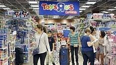 Il re dei giocattoli getta la spugna: bancorotta per Toys R' Us