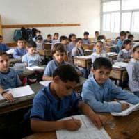 Medio Oriente, oltre 500.000 bambini rifugiati palestinesi tornano a scuola