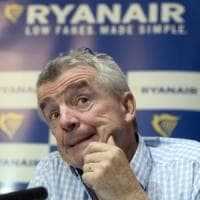 """Ryanair, il gran rifiuto dei piloti: """"Niente bonus al posto delle ferie"""""""