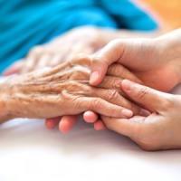 Giornata mondiale dell'Alzheimer, in Italia 600 mila malati. Manca ancora una cura
