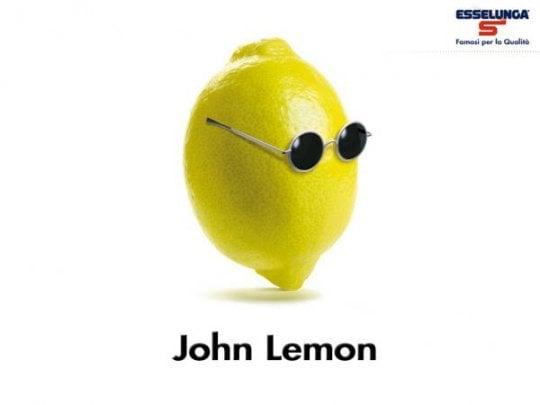 Yoko Ono blocca la bevanda 'John Lemon'