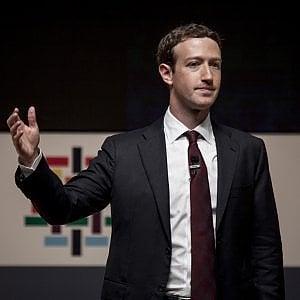 Il Russiagate costringe Zuckerberg a rinunciare alla paternità