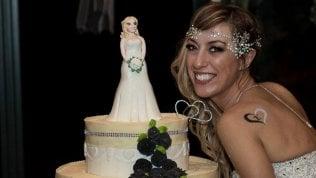 """""""Il matrimonio è con me stessa"""": la prima sposa single d'Italia foto"""