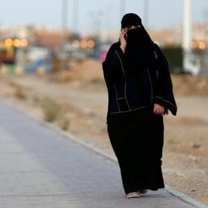 """Lo sceicco saudita: """"Le donne non possono guidare perché hanno un quarto di cervello"""""""
