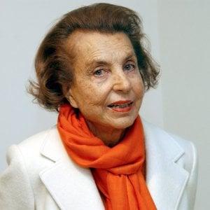 """È morta Liliane Bettencourt, """"regina"""" della bellezza e donna più ricca del mondo"""