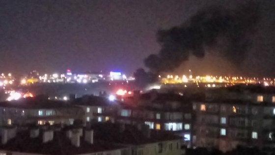 Turchia, si schianta jet privato a Istanbul: chiuso aeroporto, 4 feriti
