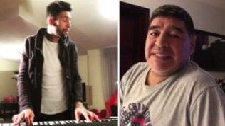 """""""Sei un genio"""": Lucas Castro dedica una canzone a Maradona"""