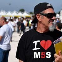 Rimini, al Park Rock la celebrazione dell'orgoglio M5s. Sempre più simile