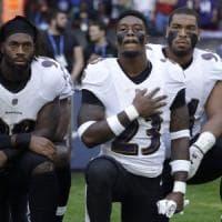 Usa, dilaga la protesta delle star dello sport: anticipo football, tutti