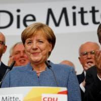 Elezioni in Germania, vola l'ultradestra dell'Afd. Per Merkel rischio governabilità, verso intesa con verdi e liberali. Spd all'opposizione