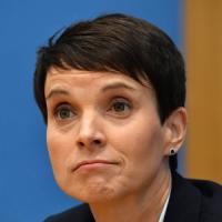 Afd, prima spaccatura dopo il boom: la leader Petry non entrerà al Bundestag