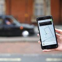 Uber, valanga di firme per riattivare la licenza a Londra