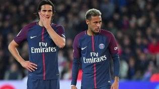 Offerto 1 mln di euro a Cavaniper lasciare i rigori a Neymar