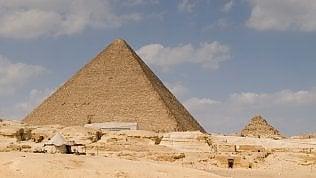 Piramide di Giza, in un papiro il mistero della costruzione