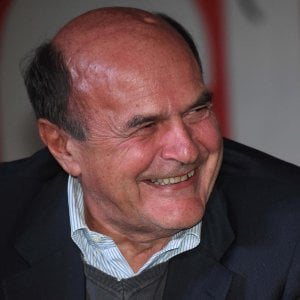 """Bersani: """"La sinistra? Rischia di fare la fine del coniglio davanti al leone"""""""