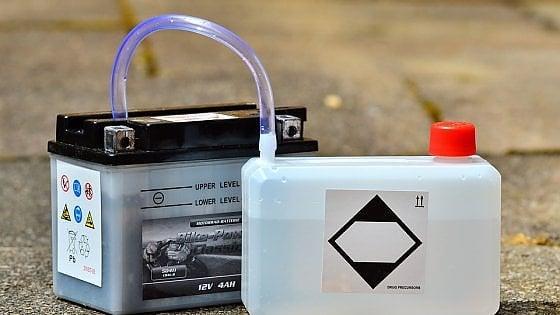 Pavia, ingegnere elettronico brevetta la 'pila eterna'