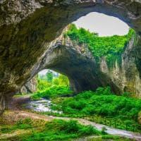 Tra Italia e Islanda: grotte da ammirare e da vivere