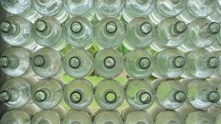Torna il 'vuoto a rendere' per bottiglie di acqua e birra
