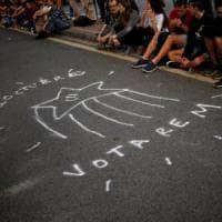 Referendum Catalogna, Madrid ordina di presidiare e sigillare i seggi