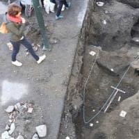 Norvegia: scoperta la tomba di un eroe vichingo sepolto con la barca