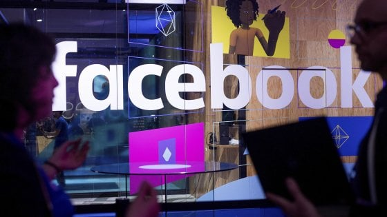 L'Ue verso l'obbligo per Facebook di rimuovere contenuti illegali