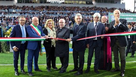 """Frosinone, inaugurato il nuovo stadio. Malagò: """"Un gioiello, si segua esempio"""""""