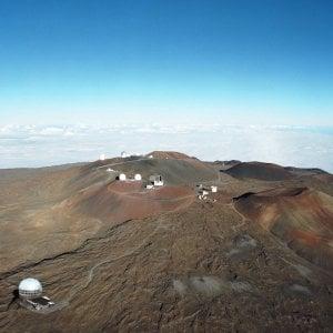 Hawaii, un maxitelescopio sulla montagna sacra dei nativi