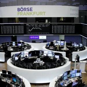 Borse europee in  rialzo, la divisa unica recupera terreno