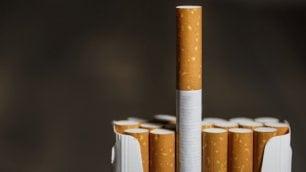 Fumo e alcol, responsabili del 75% dei tumori di testa e collo