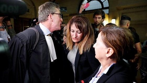 """Francia, condannata a due anni madre che inviava soldi al figlio jihadista. """"Non sapevo dell'Isis"""""""