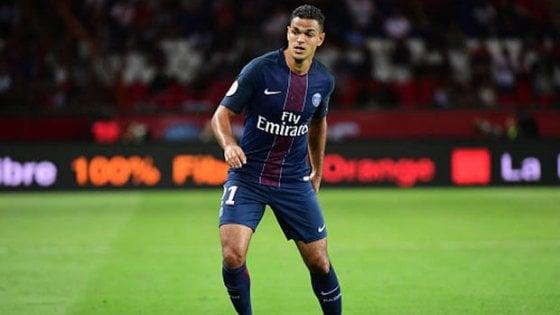 Ligue 1, Ben Arfa denuncia il Psg. L'avvocato: