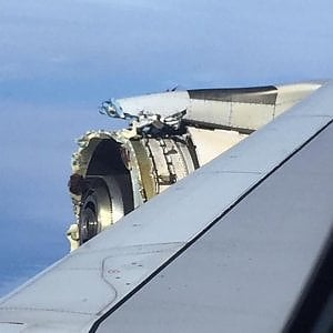 Canada, atterraggio d'emergenza per un volo Air France: motore in avaria, nessun ferito