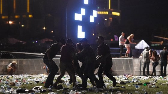 Las Vegas, spari sulla folla davanti a un casino, vari feriti