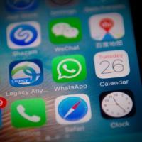 Basta mail e WhatsApp fuori orario, la rivolta dei prof contro la scuola digitale