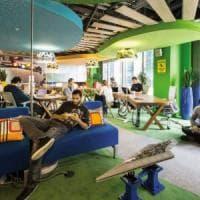 In ufficio l'open space non funziona, meglio lavorare al bar