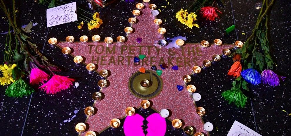 Tom Petty, da Dylan a McCartney, fino a Chuck D e Stephen King, i ricordi di amici e colleghi