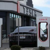 Tesla, flop nella produzione: solo 260 Model 3 in un trimestre