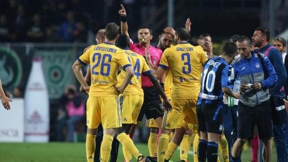"""Juventus-Var, """"la lite"""" continua: multa e inibizione al ds Paratici"""