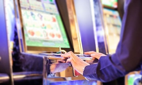 Gioco d'azzardo, agli italiani il  primato europeo