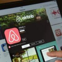 Airbnb contro la tassa sugli affitti, fa appello anche all'Antitrust