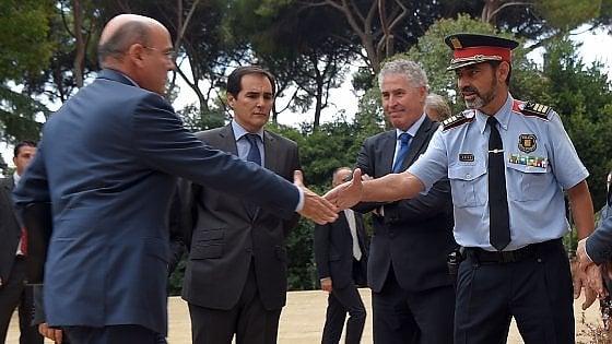 """Catalogna, Puigdemont: """"Il re ha deluso i catalani, ma ora serve una mediazione"""""""