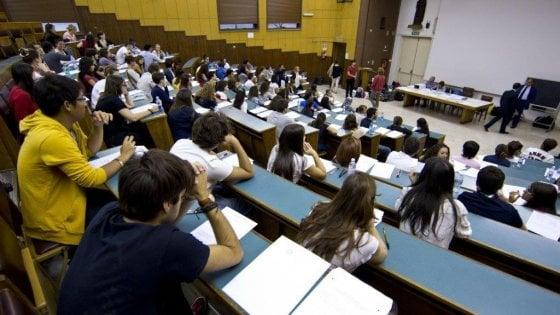 Erasmus: ottomila ragazzi italiani partiti nel 2016, terzi nei tirocini nella Ue