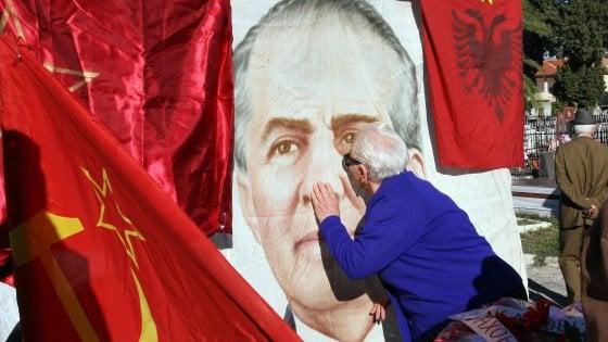 L'Albania adesso scopre le (sue) vite degli altri