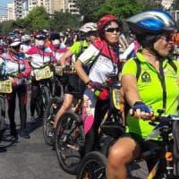 Libano, centoventi donne in bicicletta contro la guerra in Medio Oriente