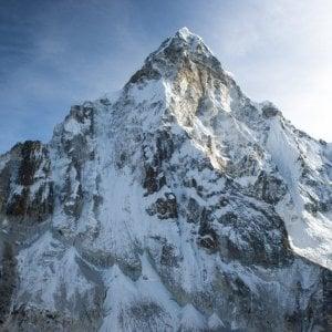 Tra magia e tragedia: Ama Dablam, la montagna sacra
