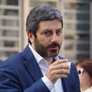 """Roberto Fico: """"A Vespa e Fazio contratti d'oro, non possono fare talk elettorali"""""""