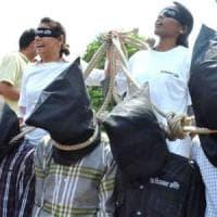 India, Uttar Pradesh: 433 esecuzioni extragiudiziali dall'elezione del