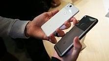 Ecco i nuovi smartphone Pixel 2 /    Le immagini